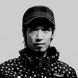 山下 泰史(頂スタッフ/グラフィックデザイナー)